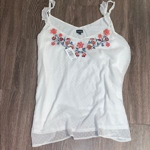 New Torrid size 4 ruffle/sleeveless floral top
